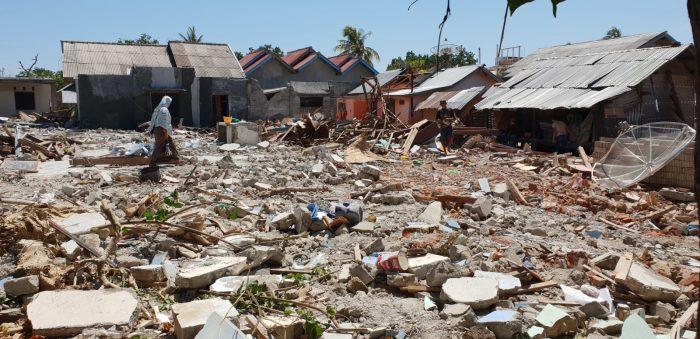 ayuda terremoto indonesia